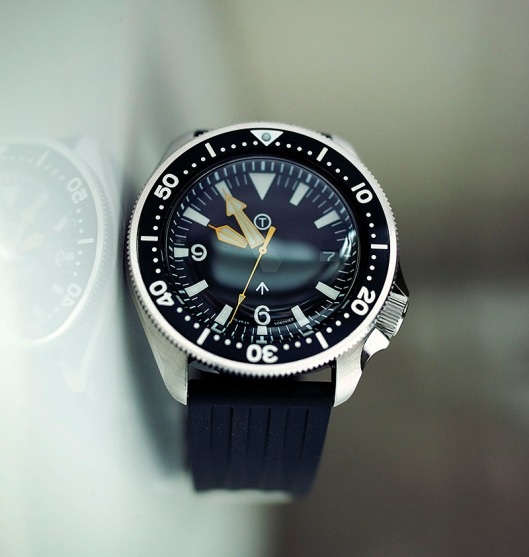 SKX coin edge on rubber