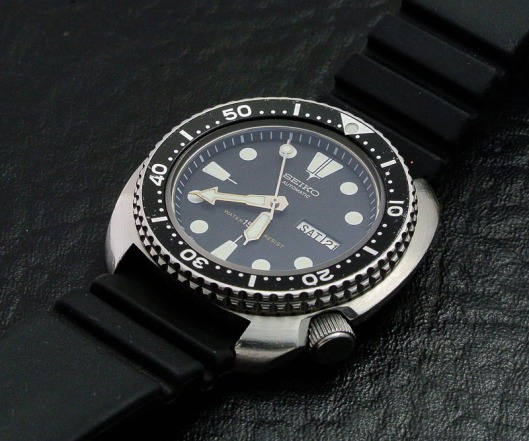 Seiko 6309 finished crown
