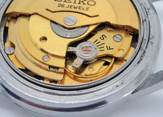 Seiko 6206A balance