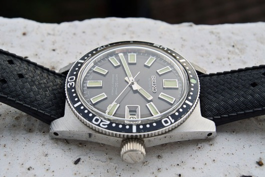 Seiko 6217-8001 on tropic