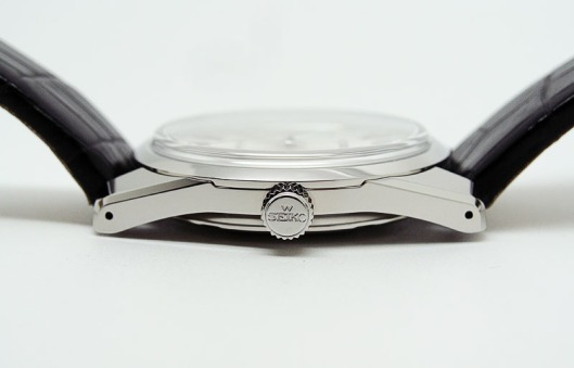Grand Seiko SBGV009 crown