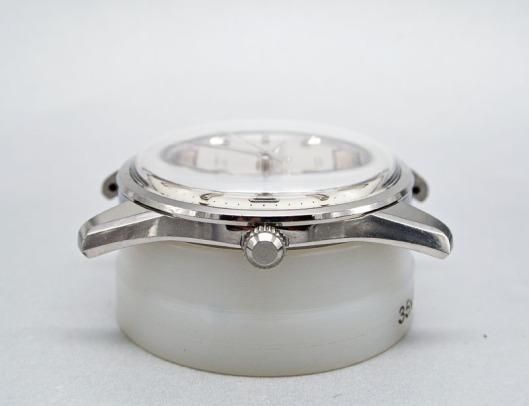 Seiko 8305 crystal