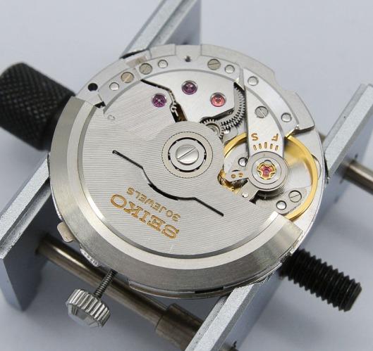 Seiko 8305C rotor