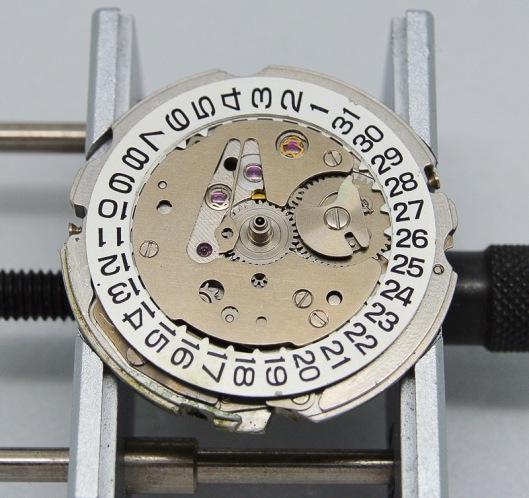 6146A date dial guard