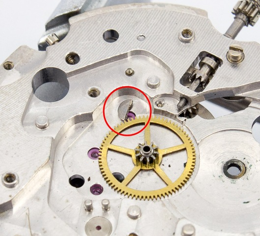 Case ring screw head