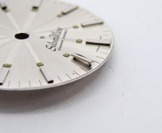 Silverwave dial