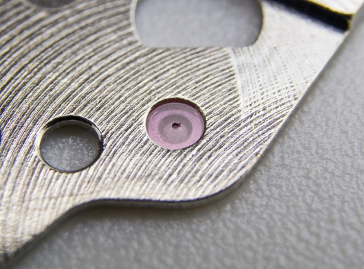 chipped-jewel