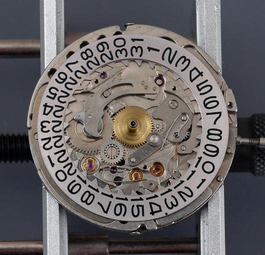seikomatic-5106-calendar