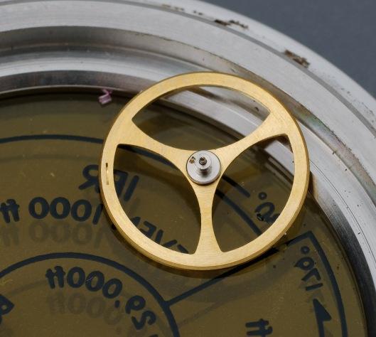 Balance wheel missing its roller jewel